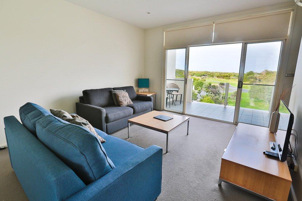Three bedroom sea-side spa apartment